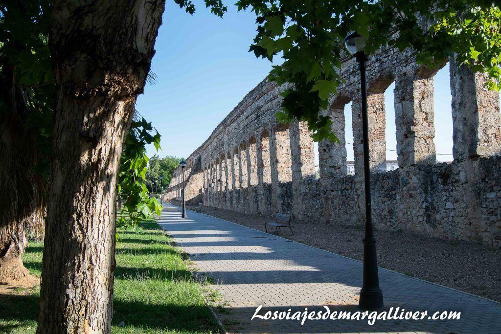 Acueducto de San Lázaro en Mérida - Los viajes de Margalliver